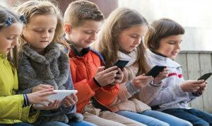 إحذروا مخاطر الألعاب العنيفة على حياة أطفالكم