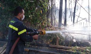 اخماد حريق في بلدة القنبر عكار