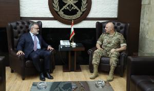 الأوضاع العامة بين قائد الجيش وترزيان