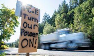 مليون شخص في كاليفورنيا بلا كهرباء