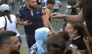 مرافقو الاحدب يطلقون النار باتجاه متظاهرين في طرابلس (فيديو)