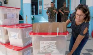 التونسيون يختارون رئيسهم الجديد الأحد