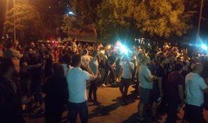 التظاهرات تمتد إلى الكورة وكسروان وزغرتا وزحلة والهرمل