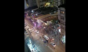 """بالفيديو- مجموعة من حركة """"أمل"""" و""""الحزب"""" تحاول دخول عين الرمانة"""