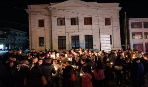 مسيرة شموع في بعلبك: لتشكيل حكومة من خارج السلطة