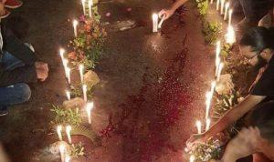 بالشموع.. المتظاهرون يكرّمون الشهيد علاء أبو فخر