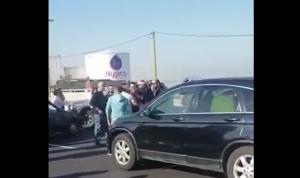 بالفيديو: هكذا يمرّ المرضى عبر أوتوستراد جل الديب