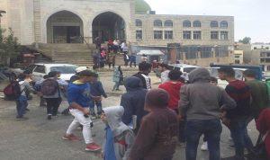 تلامذة مدارس الضنية نفذوا وقفات إحتجاجية