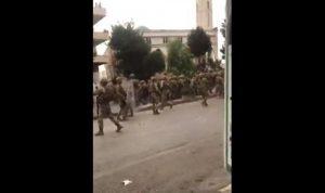 في سعدنايل – تعلبايا.. كر وفر ورشق الجيش بالحجارة (فيديو)