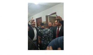 بالفيديو- هادي حبيش يتوعد القاضية غادة عون امام مكتبها