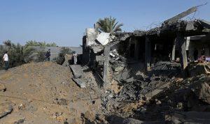 """إسرائيل تجدد قصف مواقع لـ""""حماس"""" في غزة"""