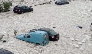 بعدما غمرتها المياه… إعادة فتح هذه الطرقات