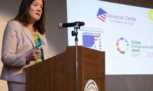 """السفيرة الأميركية الجديدة في """"الخارجية"""""""