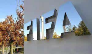 """""""فيفا"""" يقترح إجراء تعديل موقت على قواعد كرة القدم"""