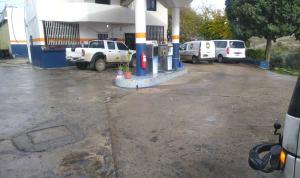 أزمة محروقات تلفُ لبنان… انقطاع البنزين والمازوت!