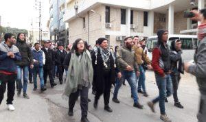 محتجون أقفلوا الدوائر الرسمية في حلبا