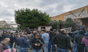 اعتصام امام سراي طرابلس للمطالبة بإقالة نهرا