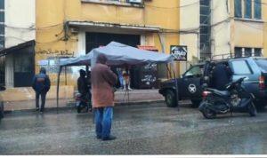 """احتجاج أمام """"المالية"""".. وقطع طرقات في طرابلس"""