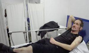 إصابة باتريك مبارك للمرة الثانية في المظاهرات