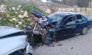 4 جرحى في حادث سير على طريق الجميجمة