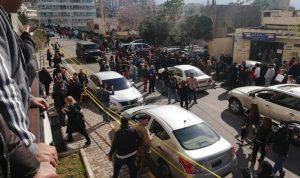 محتجون أمام قصر العدل… قاعي: لست خائفا من توقيفي