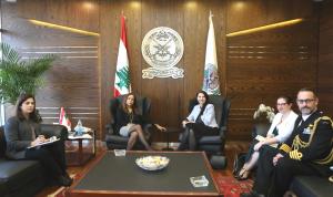 أوضاع لبنان بين عكر وسفيرة أستراليا