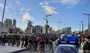"""اعتصام أمام """"الداخلية"""": """"الحريري هو ممثل السنة في لبنان"""""""