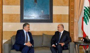 وزير الداخلية عرض الاوضاع مع ضاهر والبستاني