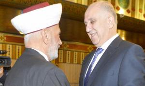 """محمد فهمي في دار الفتوى: """"إيه… في دعم""""!"""