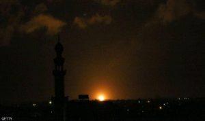 """غارات إسرائيلية على غزة بعد """"قذيفة صاروخية"""""""