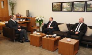 آخر التطورات بين جعجع والسفير الأردني