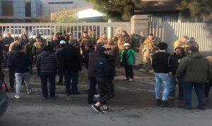 محتجون اعتصموا امام سنترال الميناء واوجيرو في طرابلس