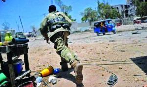 مقتل 12 جنديًا صوماليًا في هجوم على قاعدة عسكرية
