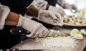 أزمة الكهرباء تهدّد سلامة الغذاء: الأسوأ لم يأتِ بعد