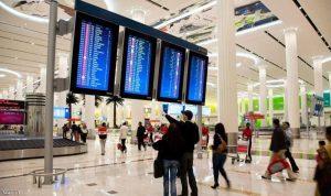 الإمارات تعلق الرحلات الجوية والترانزيت لأسبوعين