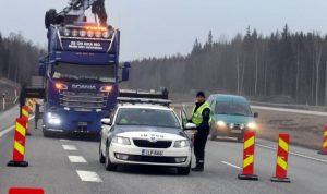 """فنلندا تغلق الطرق المؤدية إلى هلسنكي للحد من """"كورونا"""""""