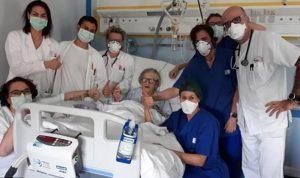 شفاء سيدة تسعينية من فيروس كورونا في إيطاليا!