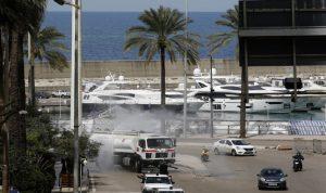 حملة لتنظيف قاع بحر الميناء في جبيل