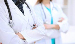 نقابة الممرضات والممرضين: لالتزام معايير الوقاية بعد تزايد الاصابات