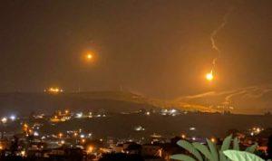 قنابل مضيئة فوق ميس الجبل مع تحرك لآليات إسرائيلية