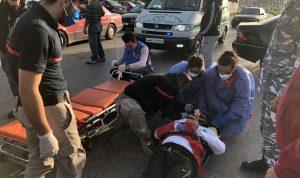 اصابة مواطن بحادث صدم عند مدخل صور