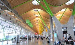 بالفيديو: لبنانيون في مطار مدريد يتحضّرون للعودة