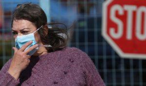 """المراكز الأميركية: إصابات """"كورونا"""" تتجاوز 2.4 مليون حالة"""