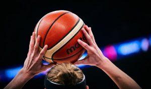 الاتحاد الدولي لكرة السلة يؤجل تصفيات أولمبية عامًا