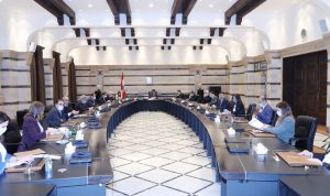 فرنسا لحكومة دياب: ماذا تنتظرون للإتصال بصندوق النقد؟
