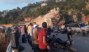 إشكال بين رئيس بلدية نمرين وشبان متجمعين على جسر