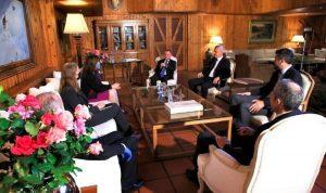 فرنجيه عرض الأوضاع مع السفيرة الأميركية