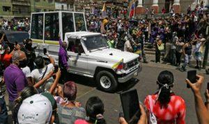 فنزويلا تتلقّى 90 طناً من المساعدات الأممية لمكافحة كورونا