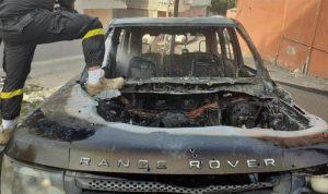 جرح شقيقين وحرق سيارة في إشكال عائلي