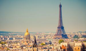 فرنسا تعود تدريجيًا إلى حياتها الطبيعية